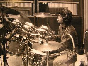 かしぶちさんドラム1980